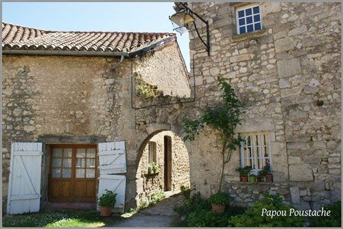 Villages houses in Charroux