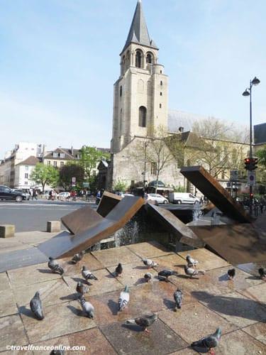 L'Embacle on Place du Quebec