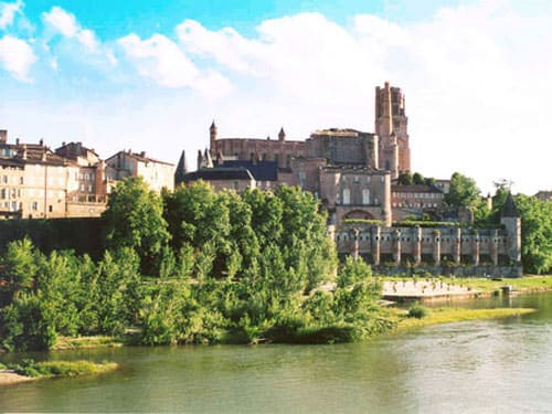 Albi Cathedral seen from the river