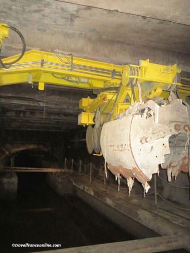 Dredge in Paris sewers