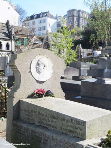 Debray family vault in Saint-Vincent Cemetery
