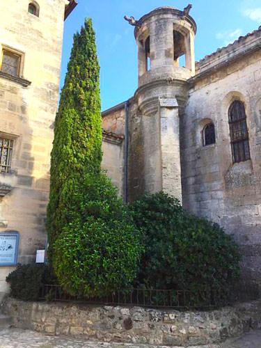 Strolling in Les Baux de Provence