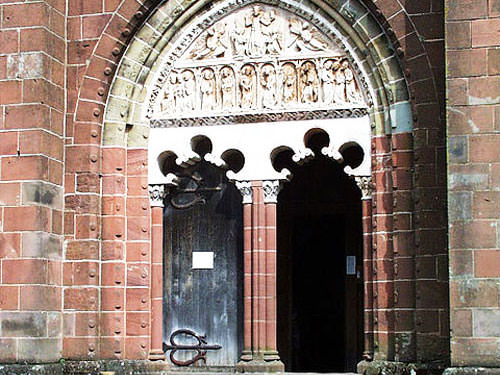 Collonges-la-Rouge church tympanum
