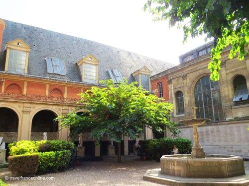 Ecole des Beaux-Arts de Paris - Cour du Murier