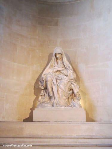 Saint-Paul Saint-Louis Church - Vierge de la Douleur by Germain Pilon