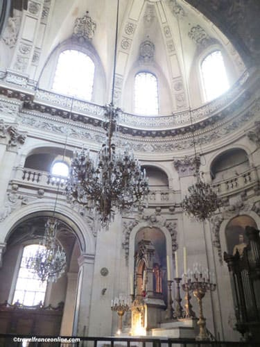 Saint-Paul Saint-Louis Church - Baroque architecture