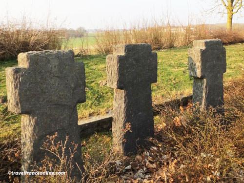 Neuville-Saint-Vaast German War Cemetery - Crosses on the ossuary