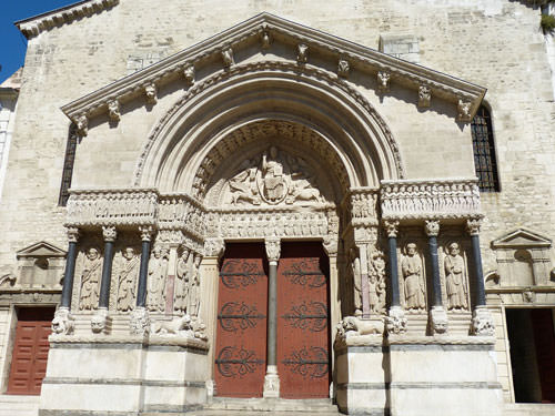 Arles cathedral