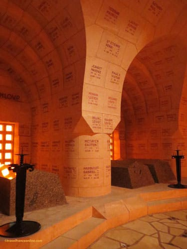 Douaumont Ossuary - Alcoves-chapels with tombstone placed above the ossuaries