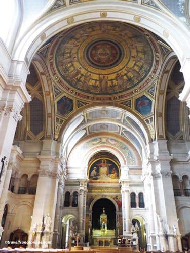 Saint Francois Xavier Church - Chancel