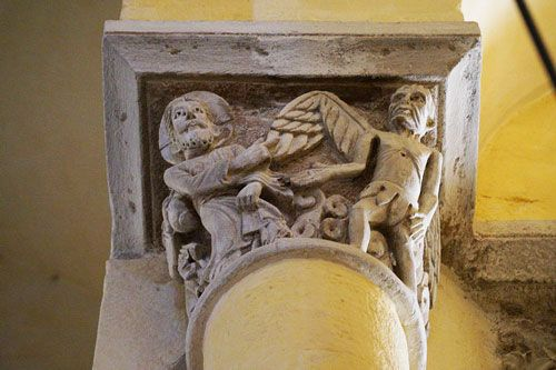 Notre-Dame-du-Port Basilica - carved capital