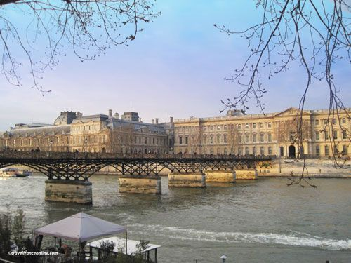 Pont des Arts and Louvre