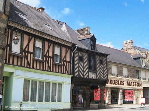 Dol de Bretagne - Medieval houses in Rue Le Jamptel