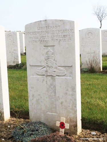 Your Story of the Great War - Andrew R. Legat's grave - British Soldier - Cabaret Rouge Cemetery in France