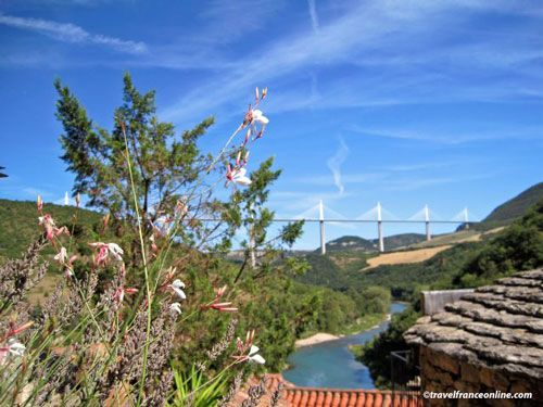 Millau Viaduct seen from Peyre