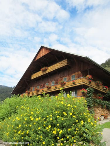 Traditional wooden chalet in Chatel