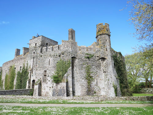 Chateau de Pirou seen from low court