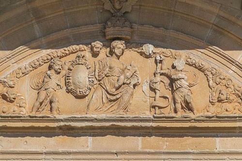 Saint-Pierre of Assier Church - tympanum