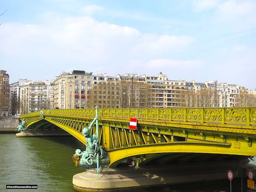 Pont Mirabeau seen from the Rive Gauche
