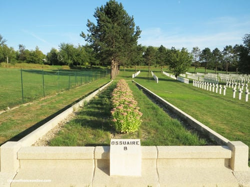 Saint-Quentin National Necropolis - Ossuary B