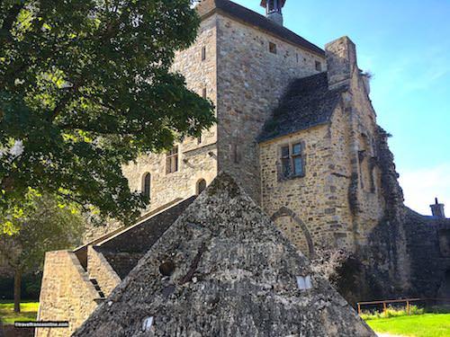 Chateau de Bricquebec - Pyramide de la Mémoire and Tour de l'Horloge