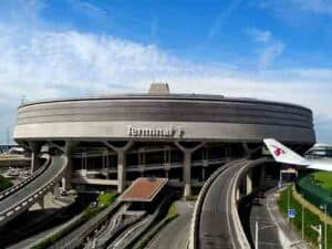 How to get to Paris from Charles de Gaulle Airport