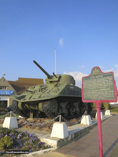 Sherman tank 'Bold' and Leo Gariepy Memorial in Corseulles-sur-mer