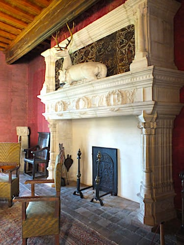 Chateau de Montal in the Lot - Renaissance fireplace