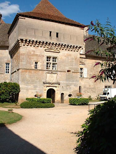 Chateau de Cenevieres - Medieval entrance seen from the inner courtyard
