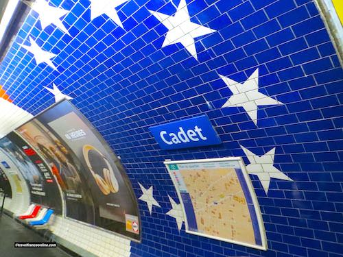 Cadet Metro station - Stars of the American flags on the walls