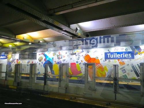 Tuileries Metro station - Years 1970
