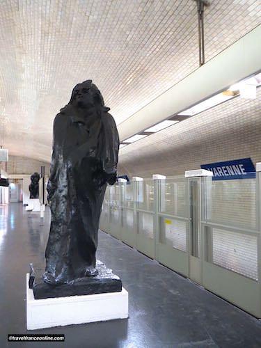 Honoré de Balzac by Rodin in Varenne Metro station