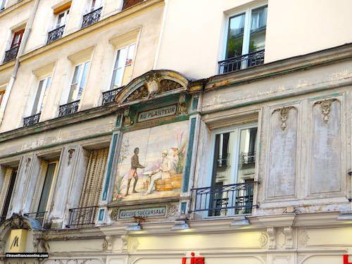 Rue des Petits-Carreaux - Au Planteur