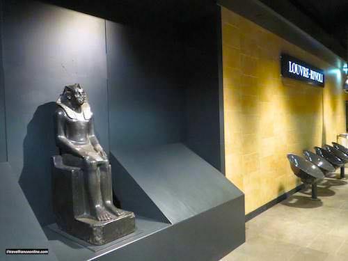 Cultural Metro stations in Paris - Louvre-Rivoli
