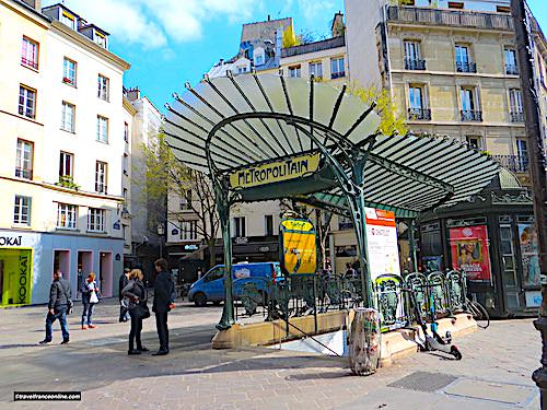 Châtelet - Ste Opportune Metro station - Cultural Metro stations in Paris