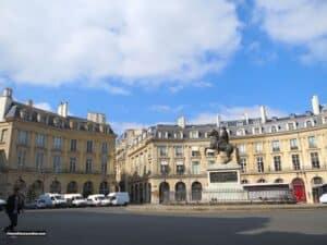 Buttes Chaumont – Park in Belleville – Paris