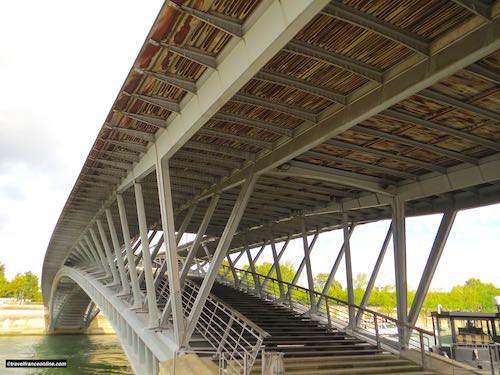 Detail architecture Passerelle Leopold-Sedar-Senghor