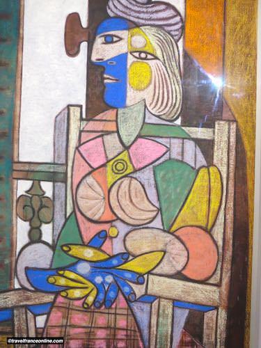 Hotel Sale - Picasso Museum - Femme assise devant la fenetre - 1932