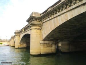 Pont de la Concorde seen from Rive Gauche
