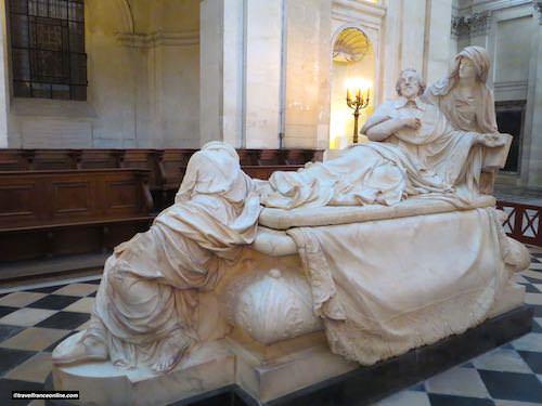 Richelieu mausoleum in Sorbonne Chapel