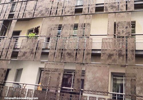 Contemporary metal facade at no1 Rue de Turenne in Paris