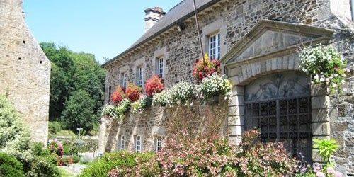 Lehon village hall