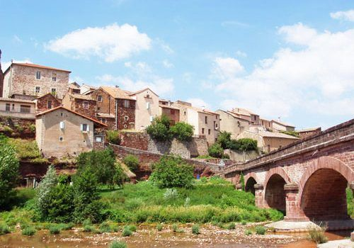 Montlaur on the bank of the Dourdou River