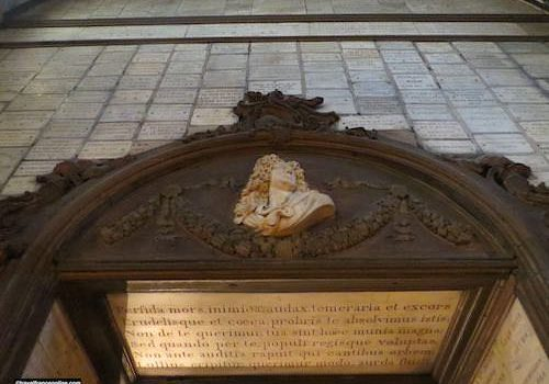 Bust of the composer Lully and ex-voto in Notre Dame des Victoires Basilica
