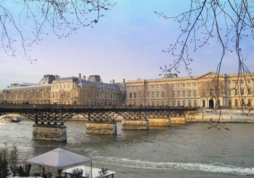 Pont des Arts and Louvre