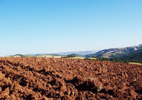 Rougier de Camares - Soil saturated with iron dioxide