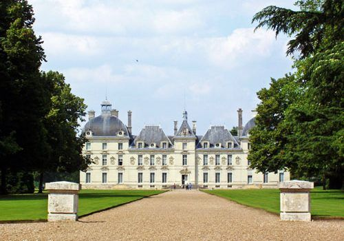Traveling to the Loire Valley from the UK