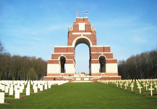 traveling to the wwi battlefields from the uk - Thiepval Memorial to the Missing